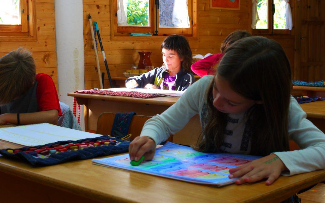 L'èxit d'una escola sense llibres ni exàmens es basa en el respecte i l'amor cap a cada infant
